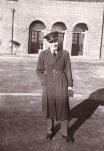 MikeDavis with RCAF in Eng 1945
